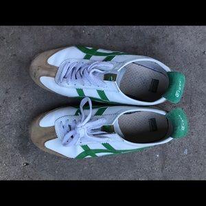 Vintage Onitsuka Tiger Mexico 66 smart shoes